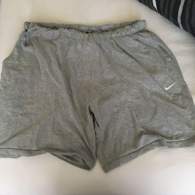 Nike XXL Pocketed Exercise Shorts