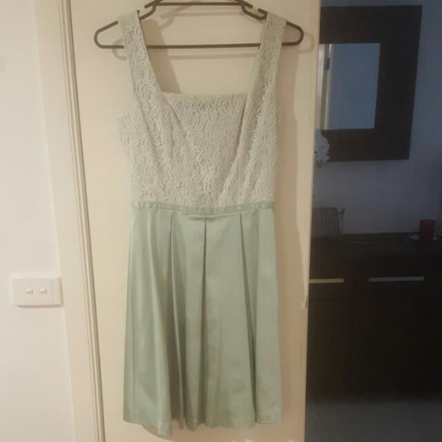 Review Dress - Never Worn!