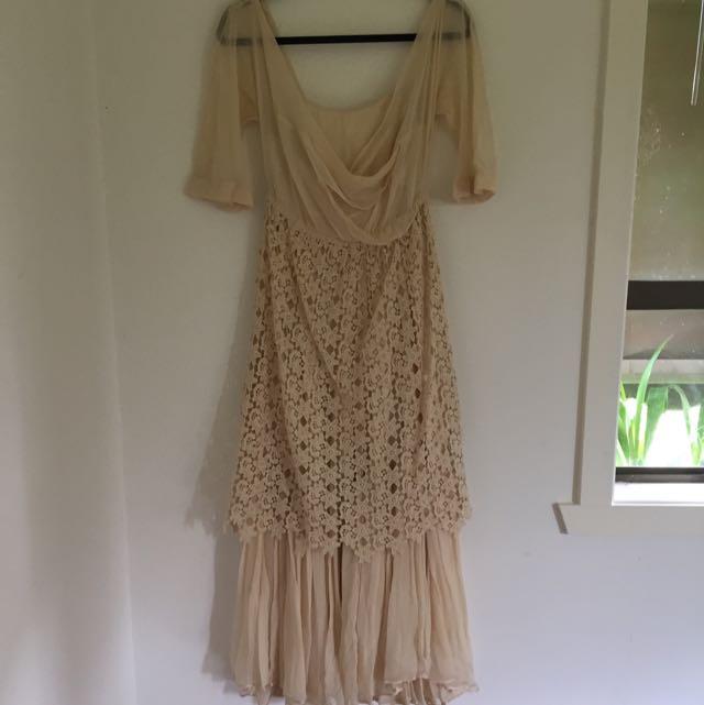Scanlan Theodore Two Piece Dress Size ML Never Worn