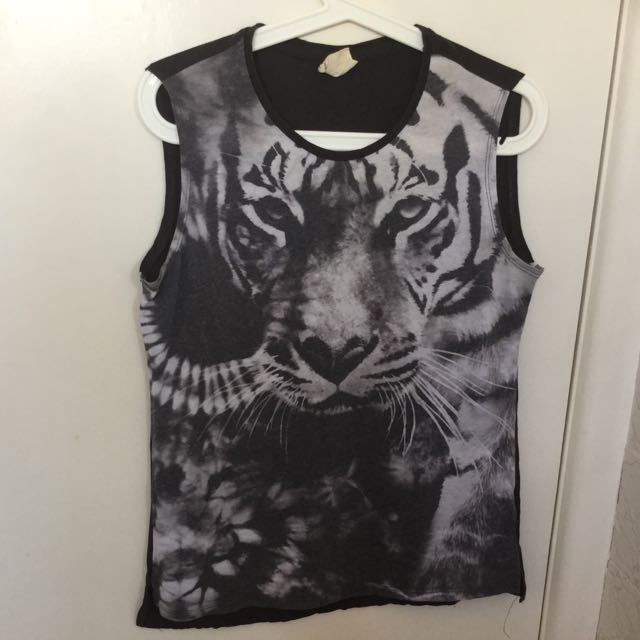 Size S Cotton On Muscle Tee