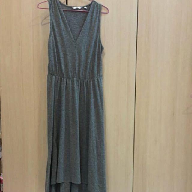 《含運🚛》日本UNIQLO👗灰色背心V領縮腰長洋裝