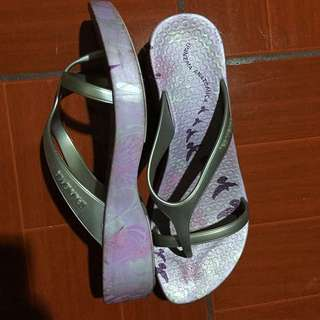 REPRICED Ipanema Slippers