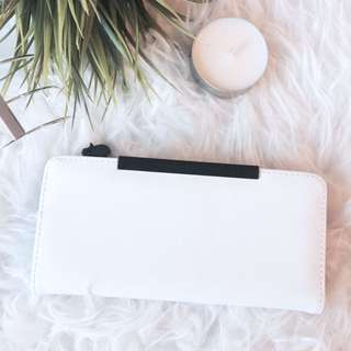 Collette Hayman Wallet - White and Black