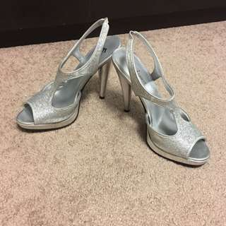 Silver Prom Heels (7.5)