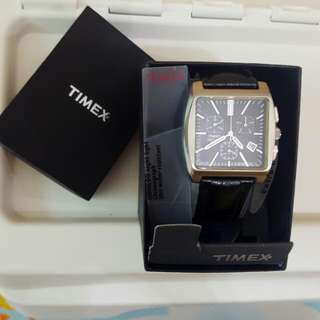 BRAND NEW! TIMEX WATCH Chronograph with Indiglo (night-light)