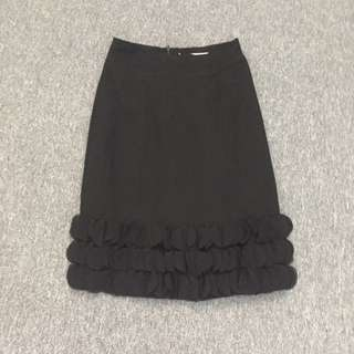 REVIEW Size 6 STUNNING Black Silky Skirt