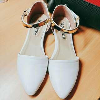尖頭低跟淑女鞋