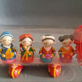 Korean Folk Dance Dolls In A Vase