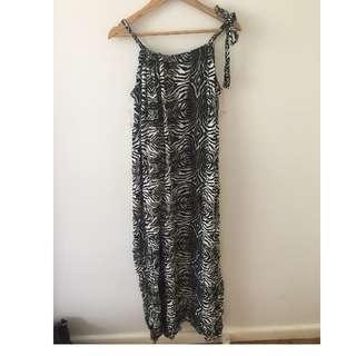 ICE Patterned dress - M