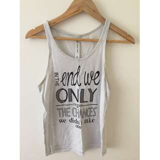 Lorna Jane white tank with quote XS