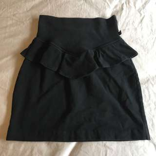 BETTINA LIANO Skirt Size 6 Black