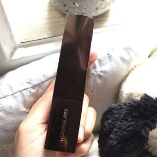 FREE POSTAGE Hourglass Vanish Stick Foundation
