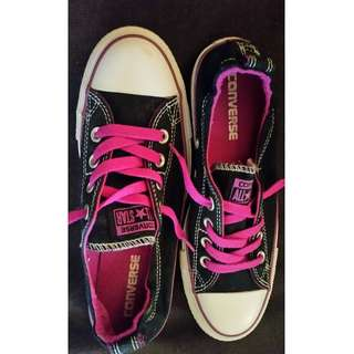 Australian Size 8 Purple and Black Converse Shoes
