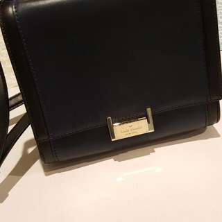 Kate Spade Shoulder Bag With Handle. Small Scruff Marks On Plate.  Purchased In NYC