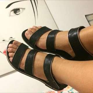 SOLES Sandals