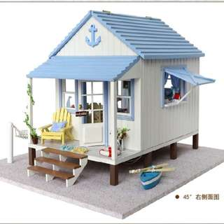 DIY Miniature Beach House