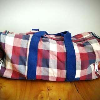 Plaid Themed Luggage Bag