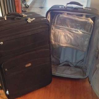 2 Luggage Pieces