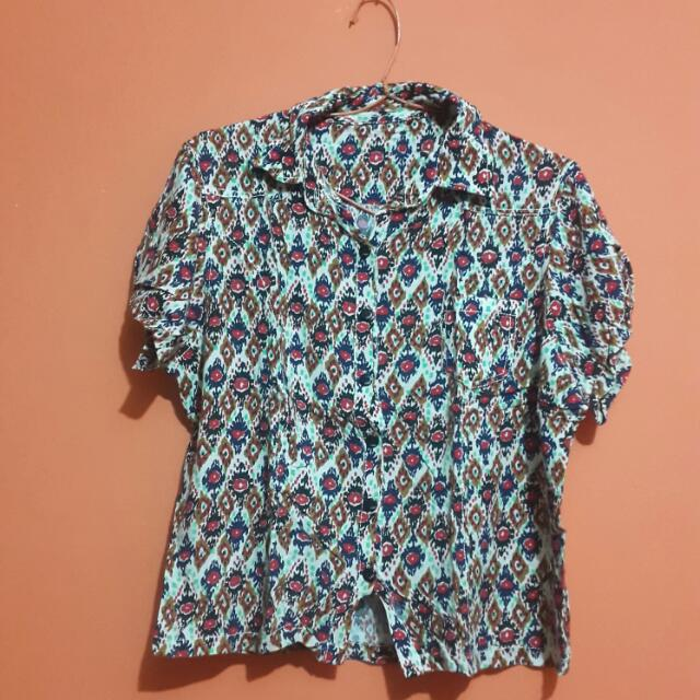 ABSTRAK COOL BLOUSE