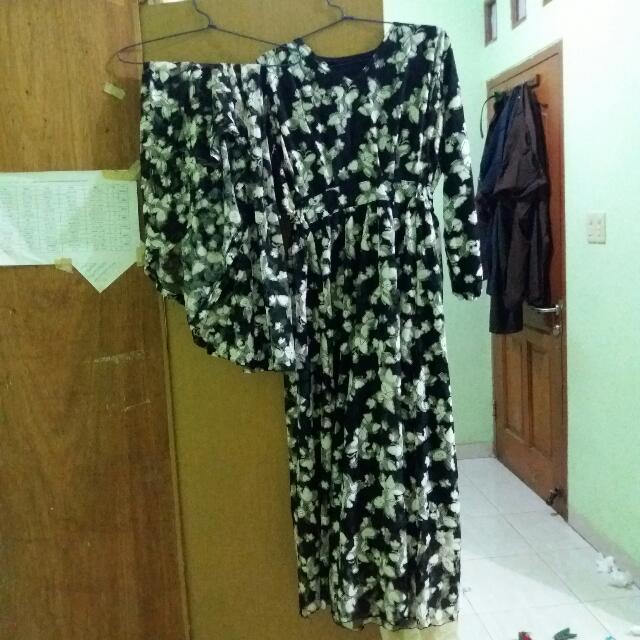 Baju+kerudung Syar'i