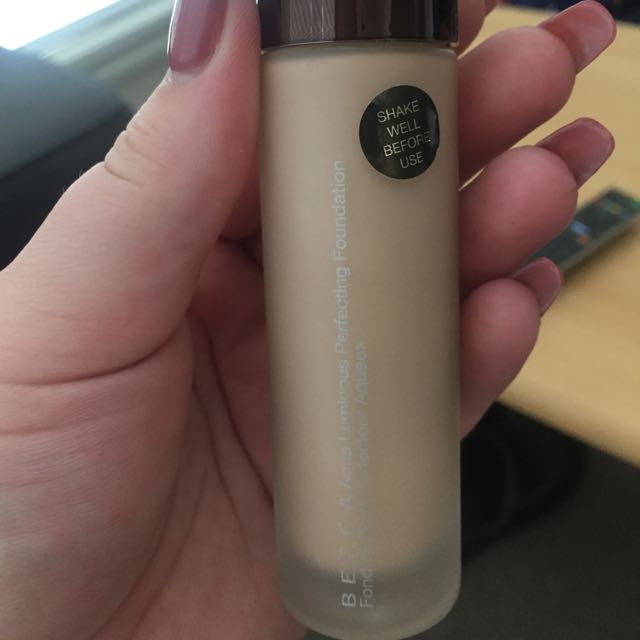 BECCA Aqua Luminous Perfecting Foundation (Fair)