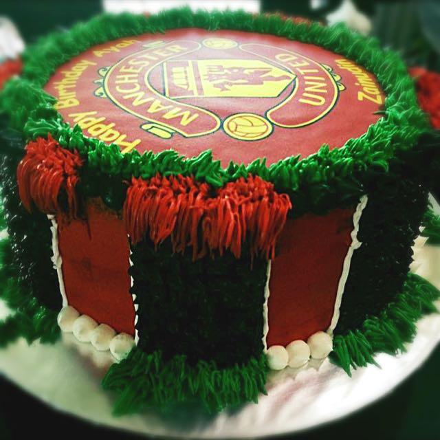 birthday cake man united food drinks baked goods on carousell birthday cake man united