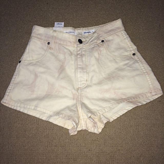 brand new Wrangler shorts