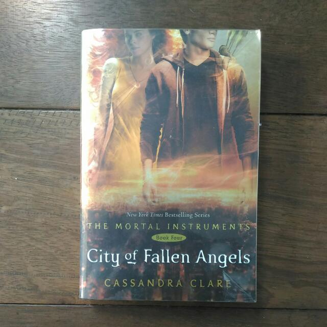 City Of Fallen Angles Cassandra Claire English Novel