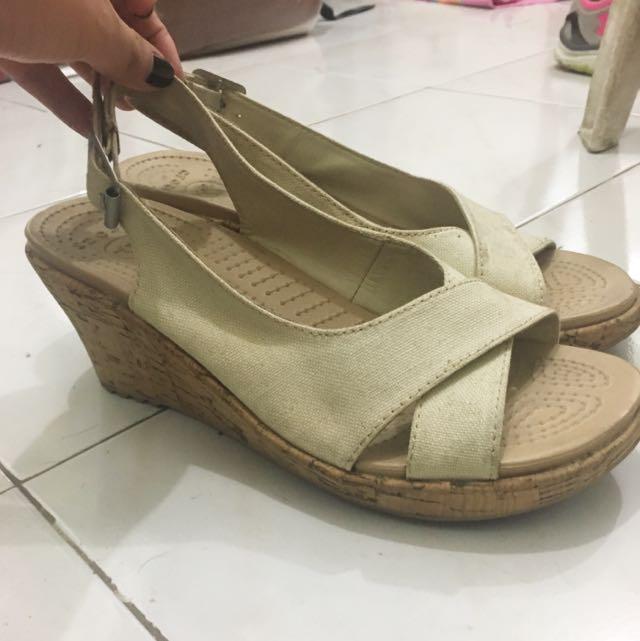 Crocs Women's Wedge Sandal