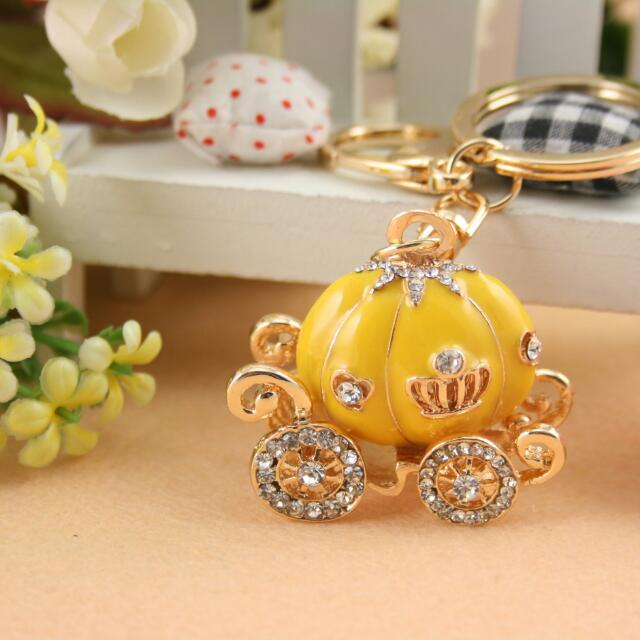 Cute Crystal  Cinderella Pumpkin Car Key Chain Bag Chain Car Keyring