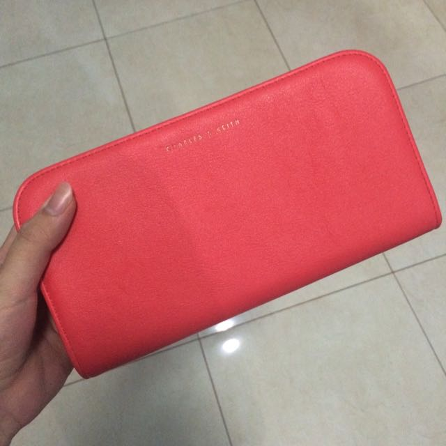 DOMPET CHARLES & KEITH
