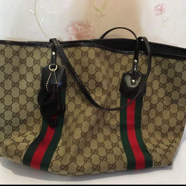 Fast Sale 🎉 Gucci Shoulder bag 100% Authentic!!!
