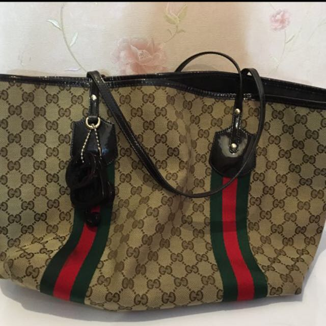Fast Sale 🎉 Gucci Shoulder Bag 100% Authentic