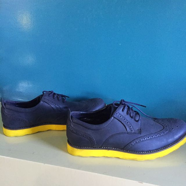 Formal Shoes By Carbon Elements