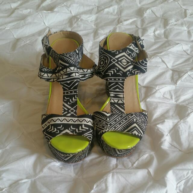 Funky Pattern Wedges - Size 6