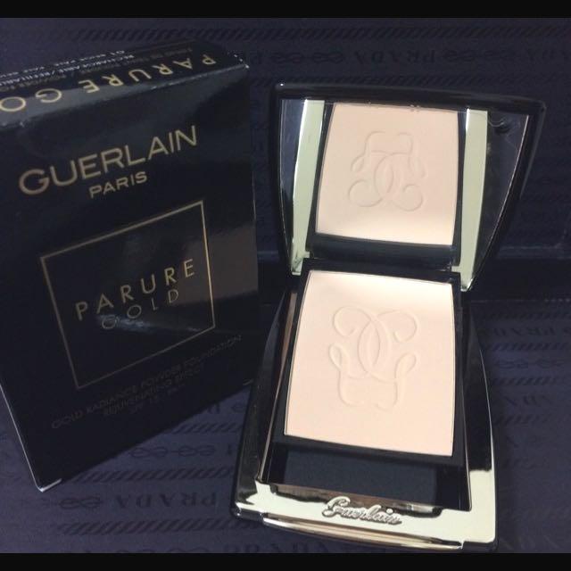 《GUERLAIN》《嬌蘭》 PARURE GOLD 24k金鑽修顏粉餅SPF15/PA++ (10克)