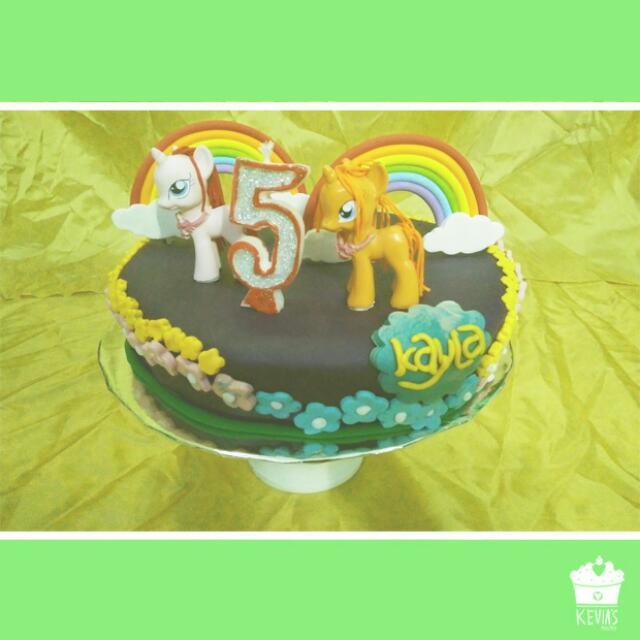 Kue Tart My Little Pony Food Drinks Baked Goods On Carousell