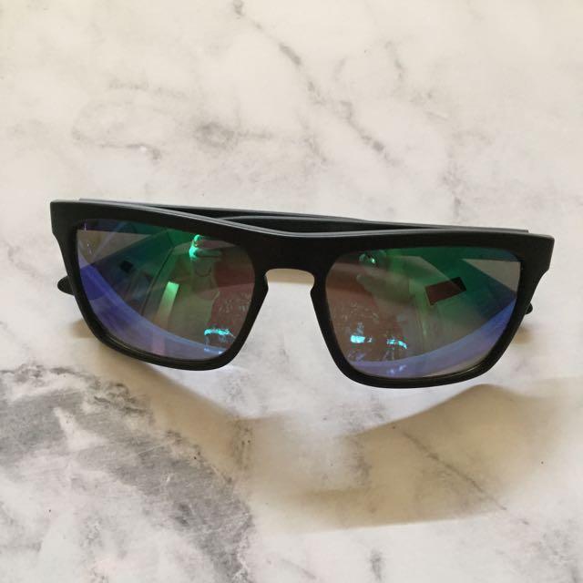 LIVE Sunglasses
