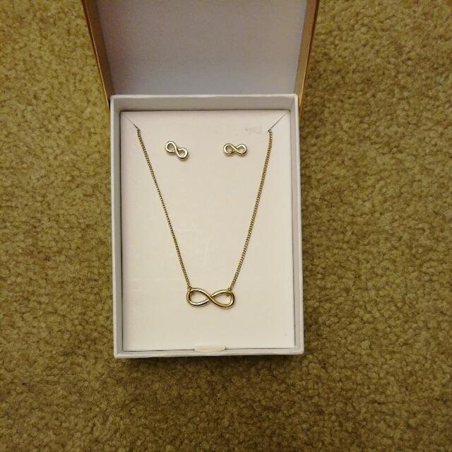 Lovisa Infinity Jewelry Set (Gold)
