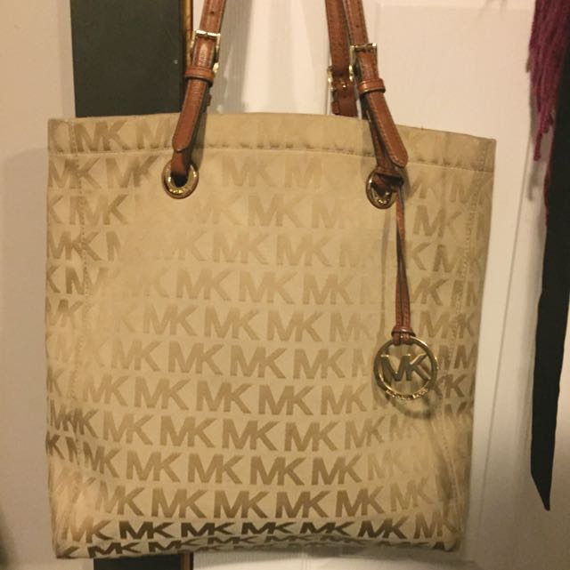 Michael Kors Logo Purse REAL 7.5/10