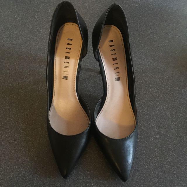 Pointed Toe Black Heels