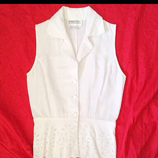 PORTS International White Sleeveless Blouse