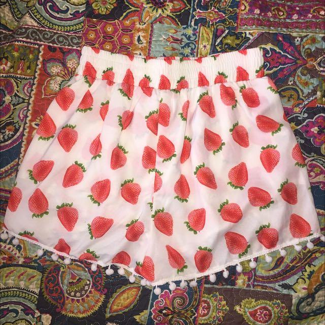 Strawberry shorts
