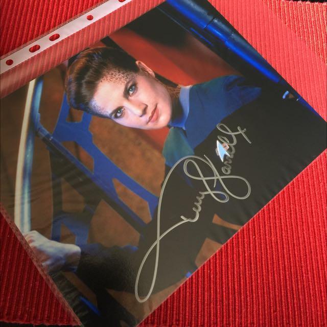 Terry Farrell 8X10 Autograph Headshot