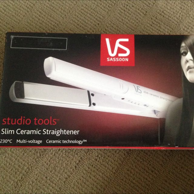 VS Sassoon Slim Ceramic Straightener