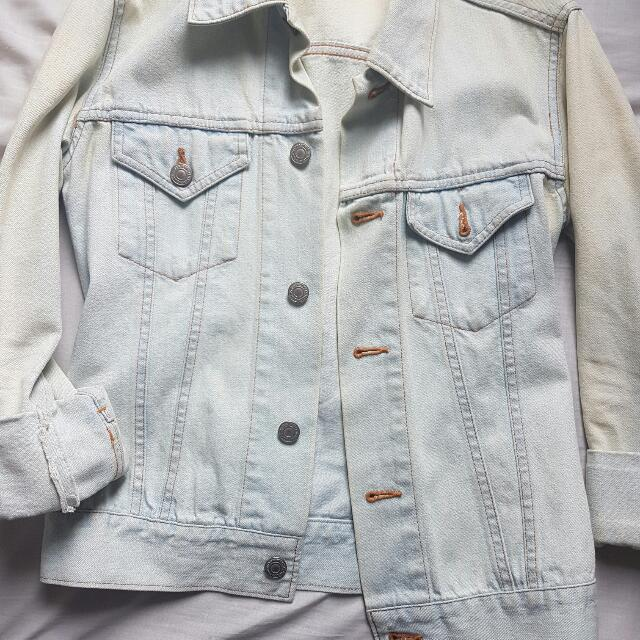 Washed Jeans Jacket (Light Blue)