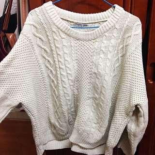 米白麻花針織毛衣
