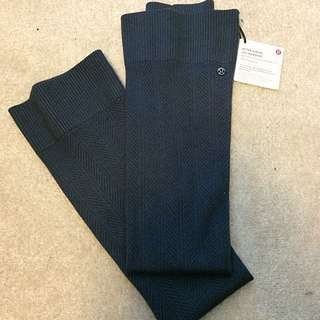 Navy Lululemon After Asana Leg Warmers