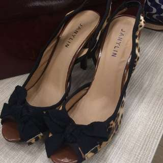 Janylin  Shoes