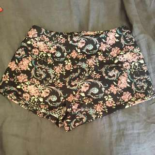 Size 8 Floral Shorts
